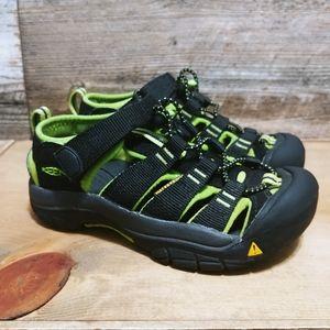 Keen Waterproof Sandels Kids Size 13